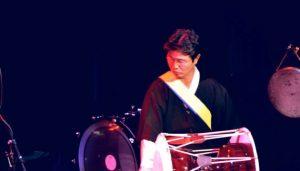 Dong-Won Kim performing