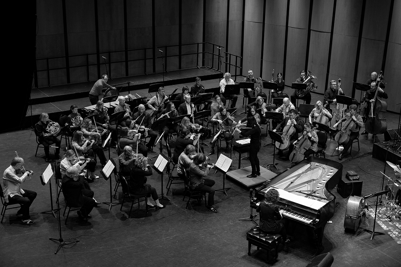 The Guelph Symphony Orchestra​ conducted by Judith Yan with Marianne Trudel at the 2020 ArtsEverywhere Festival​.